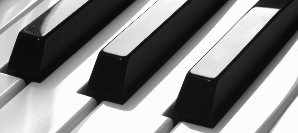 Grand piano keys graphic